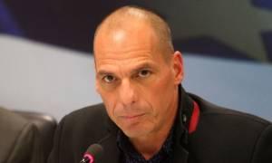Βαρουφάκης: Συνάντηση με αντιπροσωπεία του ΑΚΕΛ
