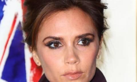 Έκανε (πάλι) αυξητική στήθους η Victoria Beckham; Οι φωτογραφίες που την «καίνε»