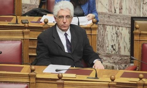 Ν. Παρασκευόπουλος: «Ποινικά υπεύθυνος όποιος οδηγεί κάποιον σε αυτοκτονία» (Video)