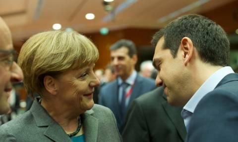 Η Μέρκελ θα ανταποκριθεί στην πρόσκληση Τσίπρα για πενταμερή συνάντηση