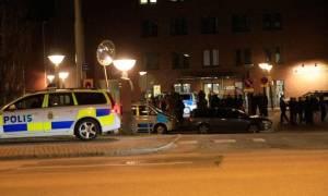 Σουηδία: Αιματηρή επίθεση σε εστιατόριο (video)
