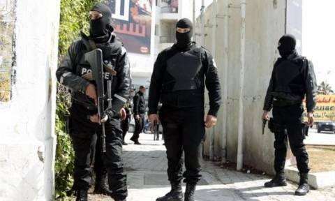 Η Τυνησία «κηρύσσει πόλεμο» στην τρομοκρατία μετά την πολύνεκρη επίθεση