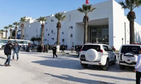 Συγκέντρωση κατά της τρομοκρατίας στην Τύνιδα