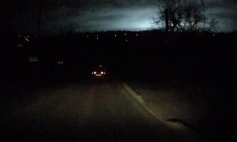 Μυστηριώδης λάμψη κάνει τη νύχτα μέρα στη Σταυρούπολη (video)