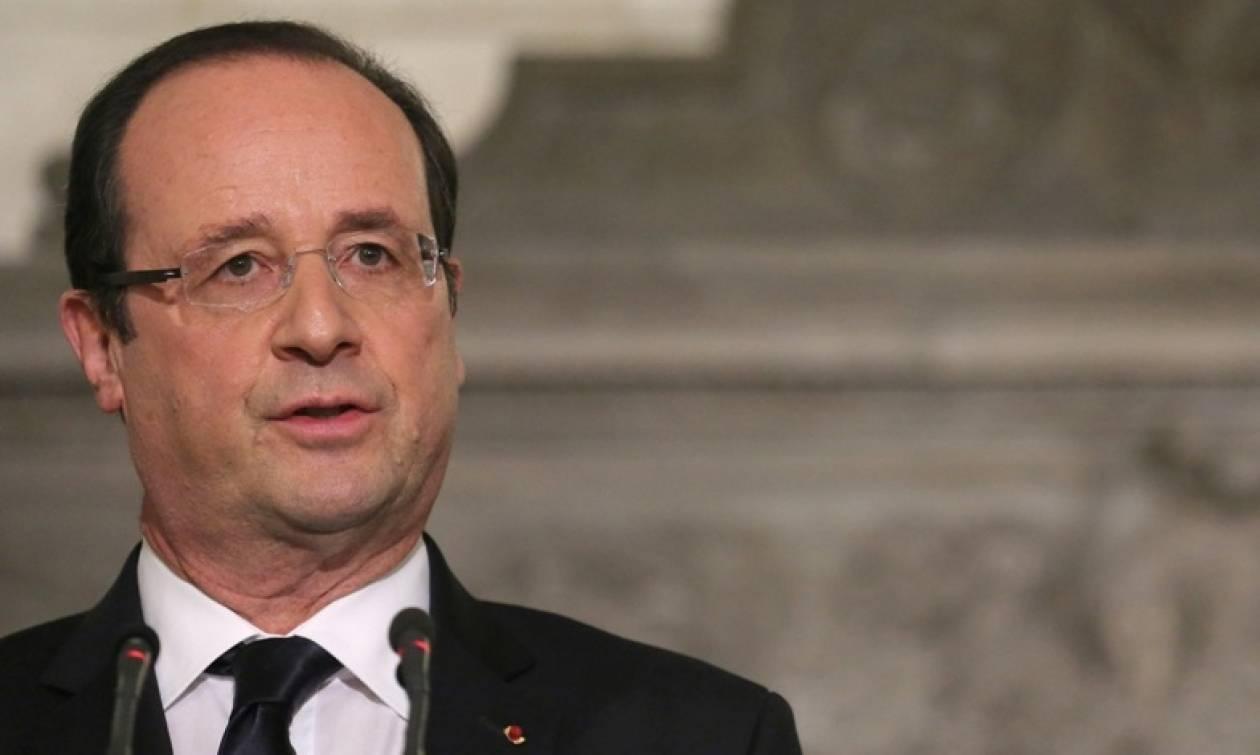 Σύνοδος Κορυφής - Ολάντ: Θα κάνουμε τα πάντα για να παραμείνει η Ελλάδα στο ευρώ