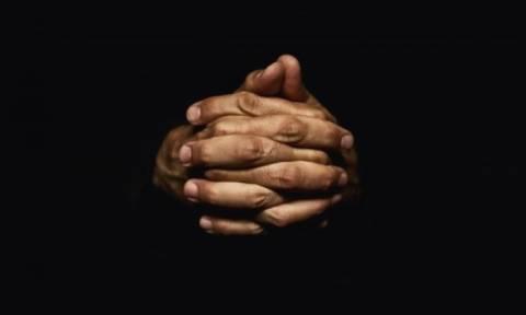 Το μήκος των δαχτύλων του άντρα αποκαλύπτει τον κίνδυνο σχιζοφρένειας
