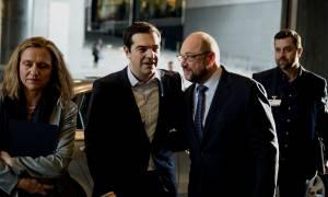 Σύνοδος Κορυφής – Σουλτς: Η Ελλάδα να τείνει χείρα βοηθείας