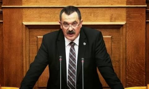 Χ.Παππάς: Να πάψει ο εισαγγελέας να εμποδίζει την εύρυθμη λειτουργία της Βουλής (vid)
