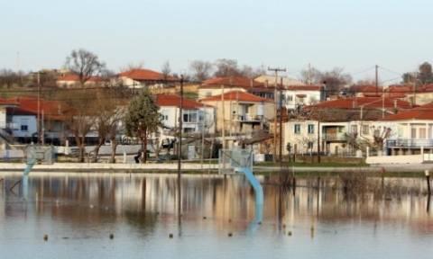 Περιοδεία του αν. υπουργού Παραγωγικής Ανασυγκρότησης στους Σερραίους πλημμυροπαθείς