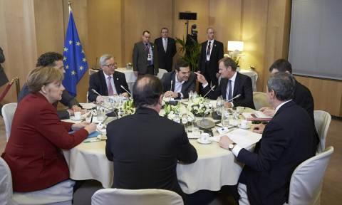 Συνέντευξη Τύπου θα πραγματοποιήσει η Μέρκελ μετά την ολοκλήρωση της «μίνι-συνόδου»