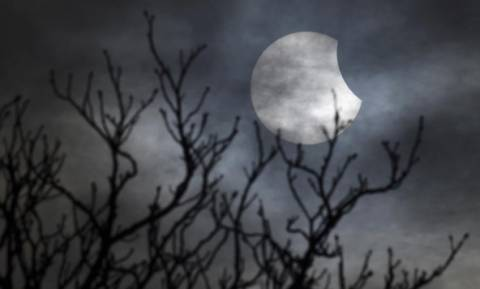 Ολική έκλειψη Ηλίου: Πώς μπορείτε να παρακολουθήσετε το φαινόμενο