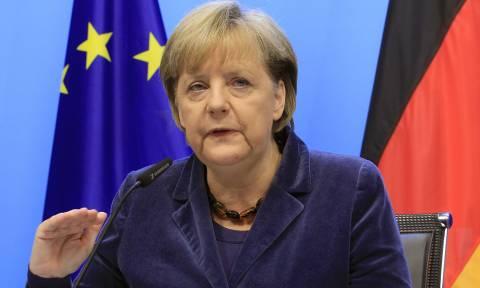Μέρκελ: Πρώτα μέτρα και μετά εκταμίευση χρημάτων