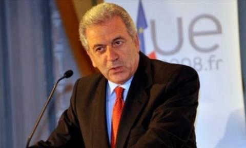 Αβραμόπουλος: Η Ελλάδα δεν είναι μόνη της στην αντιμετώπιση ανθρωπιστικής κρίσης