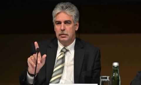 Πλήρη συνεργασία ζητάει από την Ελλάδα ο Αυστριακός ΥΠΟΙΚ