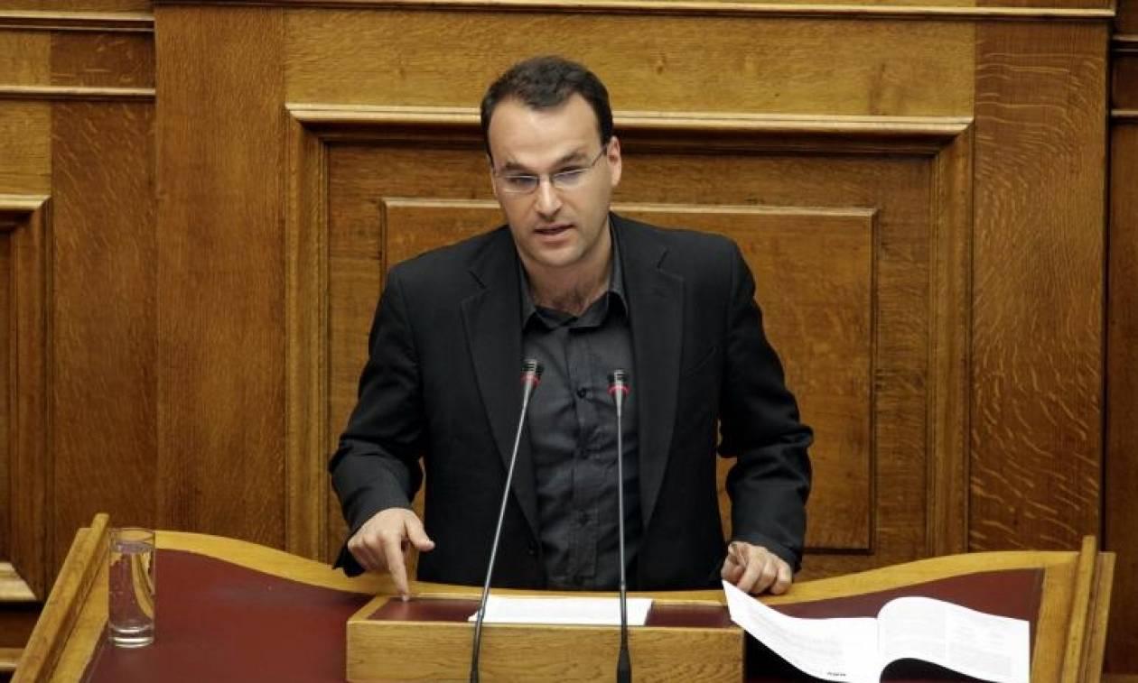 ΚΚΕ: Το «e-mail Χαρδούβελη» αντικαταστάθηκε από το «e-mail Βαρουφάκη»