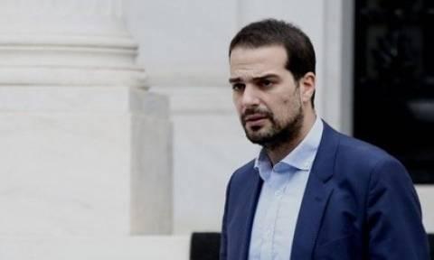 Σακελλαρίδης: Η ΝΔ βρίσκεται σε σύγχυση, τα 2 δισ. ανακοινώθηκαν από τον Γιούνκερ