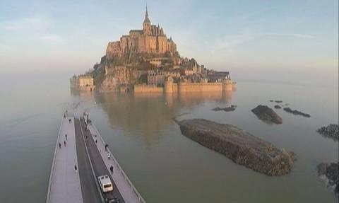 Γαλλία: Κοσμοσυρροή για την «παλίρροια του αιώνα»