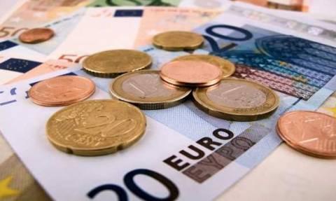 Στα 654 ευρώ τον Σεπτέμβριο ο κατώτατος μισθός