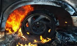Έκρηξη σε αυτοκίνητο τα ξημερώματα
