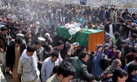 Αθώα η Αφγανή που βασανίστηκε και δολοφονήθηκε