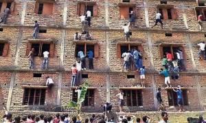 Ινδία: 1.000 συλλήψεις για τα... σκονάκια