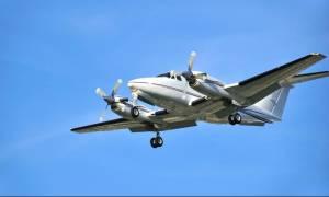 Προσγείωση μικρού αεροσκάφους στον ποταμό Αξιό (photos)