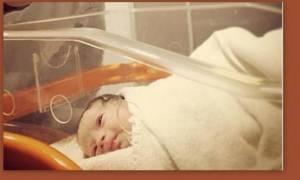 Ελληνίδα τραγουδίστρια έγινε μανούλα – Ιδού η πρώτη φωτογραφία του νεογέννητου