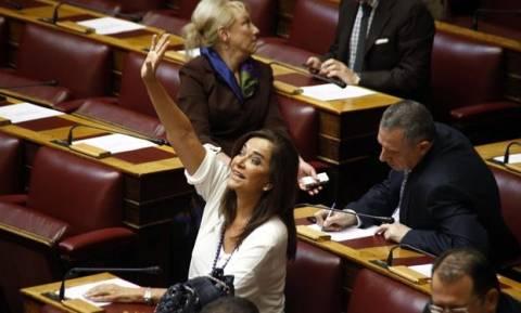 Ερώτηση Μπακογιάννη στον Αλ. Τσίπρα για τη συμφωνία της δανειακής σύμβασης