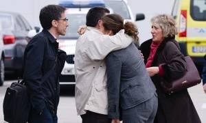 Πτώση αεροπλάνου: Παγκόσμιος θρήνος για τους 150 νεκρούς - Το πρωί εκ νέου οι έρευνες