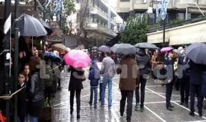 Μισή λόγω βροχής η παρέλαση στη Λαμία (Photos+Video)