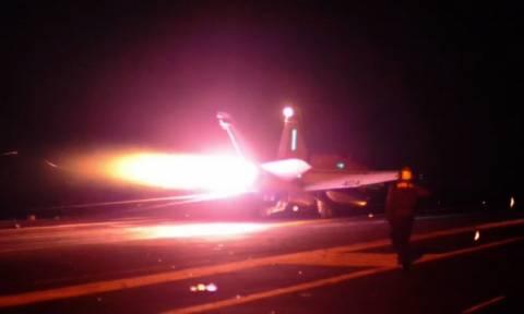 Χτύπημα κατά του Ισλαμικού κράτος – Αεροσκάφη των ΗΠΑ βομβαρδίζουν το Τικρίτ