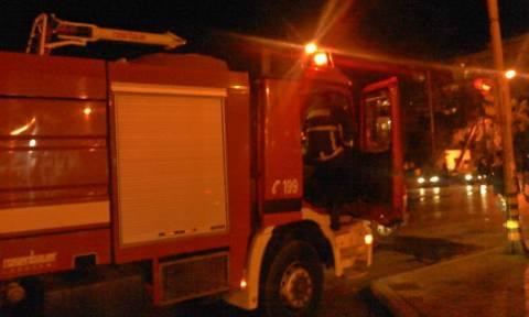 Φωτιά σε ξενοδοχείο στη Θεσσαλονίκη – 20 άτομα βρέθηκαν στην ταράτσα
