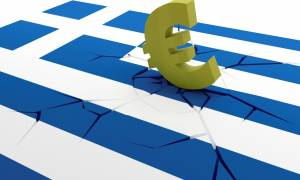 Bloomberg: Πώς θα μπορούσε να προκληθεί έξοδος της Ελλάδας από το ευρώ