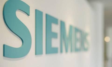 Κόντρα Βαρουφάκη με το Νομικό Συμβούλιο για τη Siemens