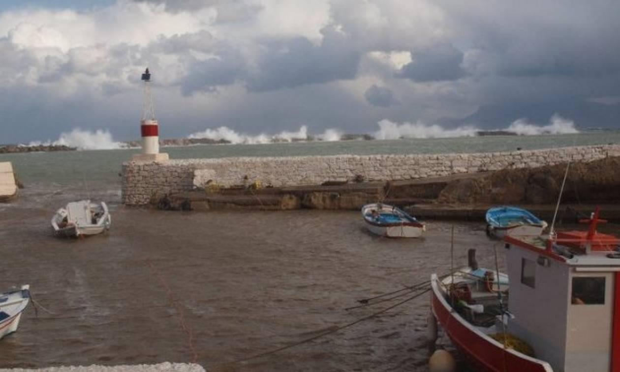 Κάσος: Προσάραξε επιβατηγό πλοίο με 282 επιβαίνοντες