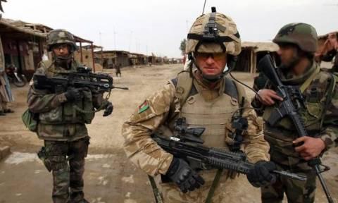 Βρετανοί θα εκπαιδεύσουν τις δυνάμεις της συριακής αντιπολίτευσης