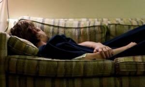 «Ο σύζυγός μου δεν κοιμάται στο κρεβάτι μας - Πώς μπορεί να επηρεάσει τα παιδιά μας;»