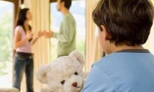 Διακοπές με τον μπαμπά ή τη μαμά; Από την ψυχολόγο Αλεξάνδρα Καππάτου