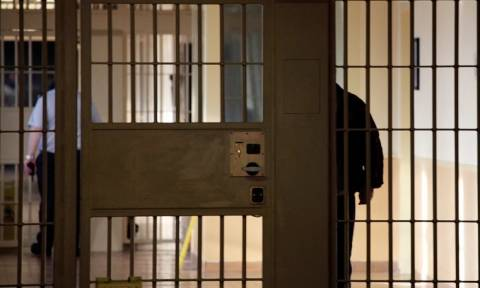 Δολοφονία Καρέλι: Αποφυλακίζονται οι σωφρονιστικοί υπάλληλοι