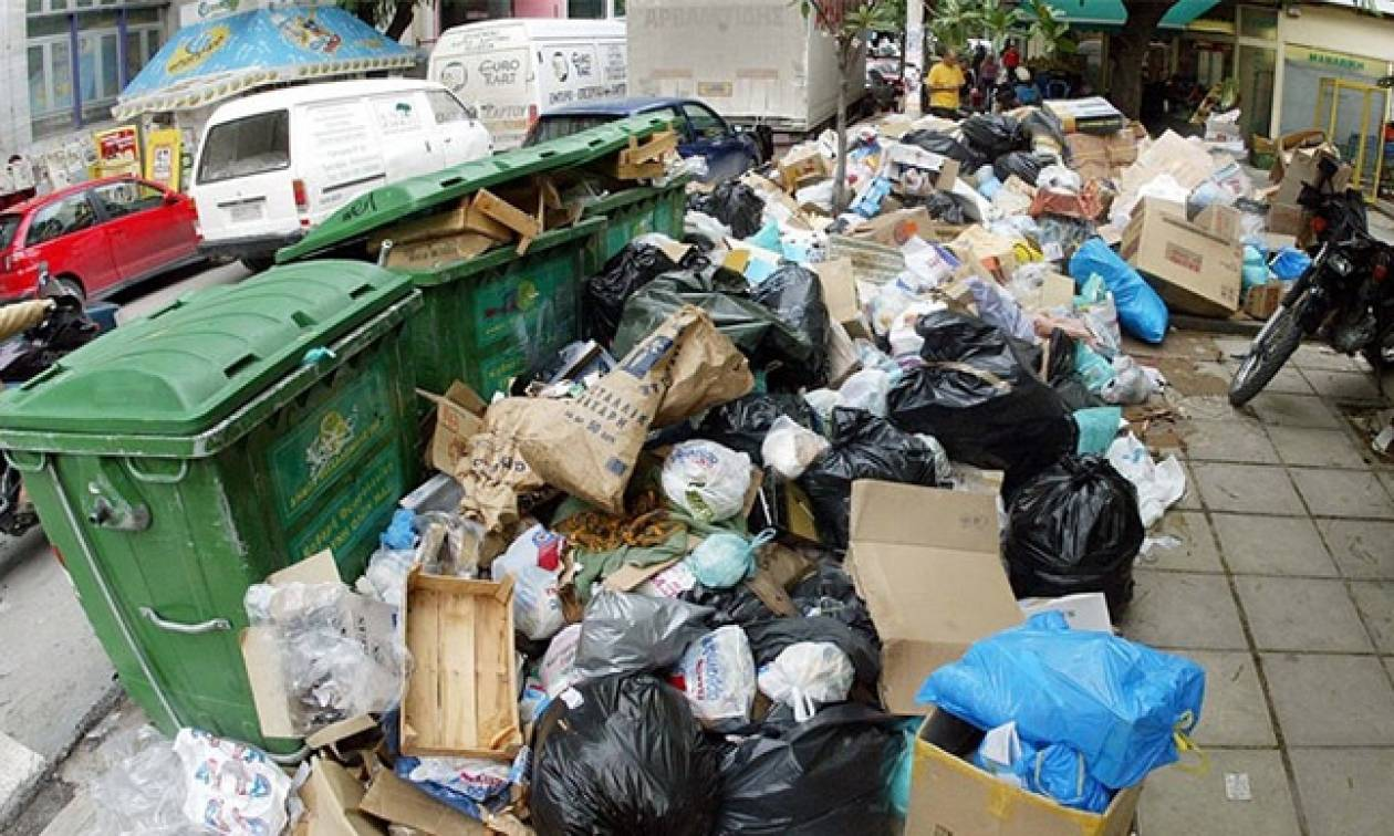 Τρίπολη: Κατεπείγουσα έρευνα για τα «βουνά» σκουπιδιών