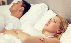 Έχετε αϋπνίες; Ένα έξυπνο τρικ για πιο εύκολο ύπνο!