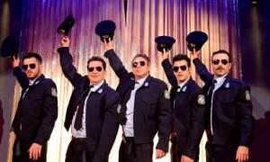 Άντρες έτοιμοι για όλα: Οι παραστάσεις συνεχίζονται μετά το Πάσχα
