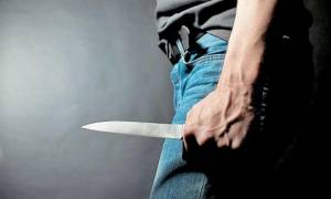 Σοκ: Νεαρός μαχαίρωσε τη μητέρα του σε ξενοδοχείο του «Ελευθέριος Βενιζέλος»