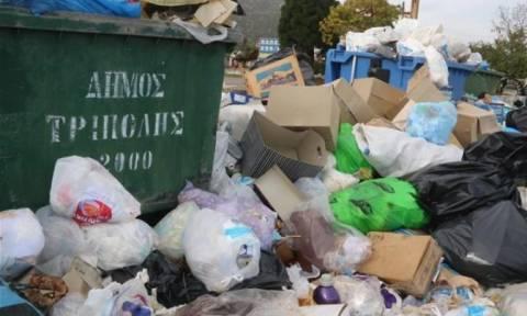 Τρίπολη: Ξεκίνησε η απομάκρυνση των σκουπιδιών