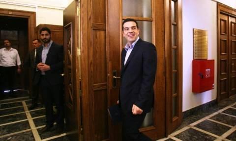 Τσίπρας: Ενημερώνει την Πολιτική Γραμματεία ΣΥΡΙΖΑ για τις διαπραγματεύσεις