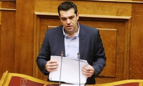 Με «ανοιχτά» χαρτιά απόψε ο Τσίπρας στη Βουλή