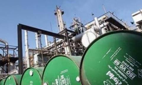 Πτωτικά το πετρέλαιο στη σκιά των συνομιλιών για τα πυρηνικά Ιράν