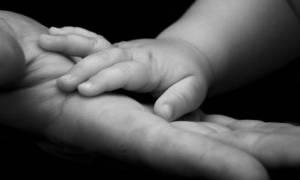 Χανιά: Απολογείται η μητέρα για το θάνατο του δίχρονου παιδιού της