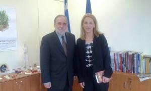 Συνάντηση Δούρου με τον πρέσβη της Κούβας