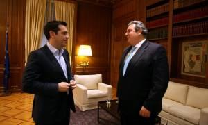Νέα δημοσκόπηση: Τσίπρας και Καμμένος κερδίζουν την εμπιστοσύνη των Ελλήνων